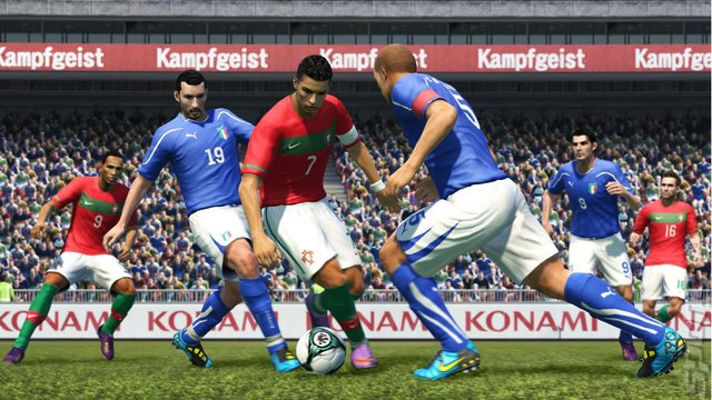 PES 2011 Release Date Challenges FIFA 11 - UK Update